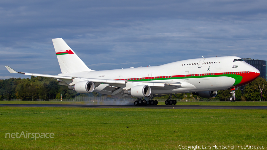 Omani Government Boeing 747-430 (A4O-OMN) | Photo 405295