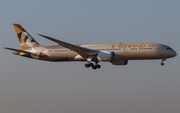 Etihad Airways Boeing 787-9 Dreamliner (A6-BLH) at  London - Heathrow, United Kingdom