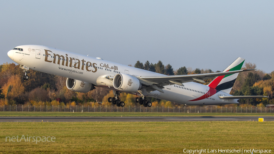 Emirates Boeing 777-31H(ER) (A6-EQA) | Photo 409872