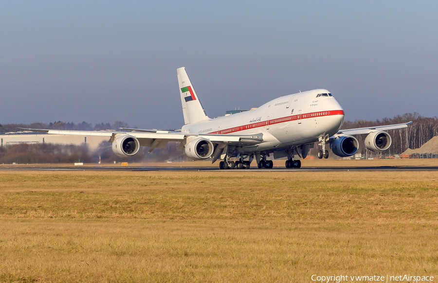 Abu Dhabi Amiri Flight Boeing 747-8Z5(BBJ) (A6-PFA) | Photo 203036