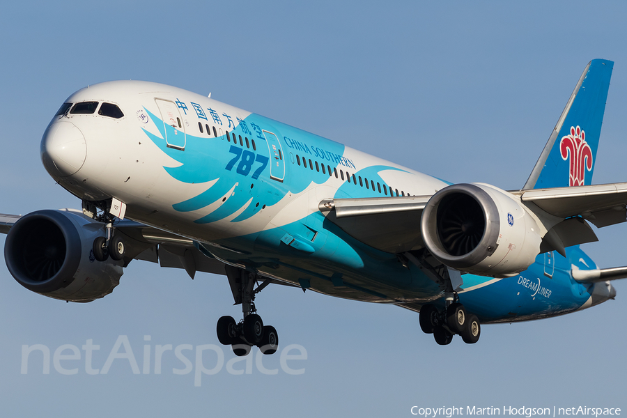 China Southern Airlines Boeing 787-8 Dreamliner (B-2727) | Photo 131113