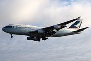 Cathay Pacific Boeing 747-467 (B-HOT) at  London - Heathrow, United Kingdom
