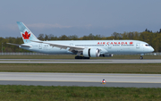 Air Canada Boeing 787-9 Dreamliner (C-FNOE) at  Frankfurt am Main, Germany