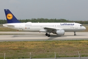 Lufthansa Airbus A320-211 (D-AIQW) at  Frankfurt am Main, Germany