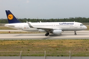 Lufthansa Airbus A320-214 (D-AIUH) at  Frankfurt am Main, Germany
