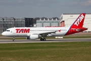TAM Brazilian Airlines Airbus A320-214 (D-AUBT) at  Hamburg - Finkenwerder, Germany
