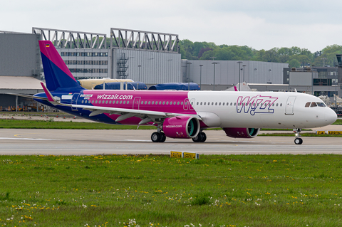 Wizz Air Airbus A321-271NX (D-AVXW) at  Hamburg - Finkenwerder, Germany