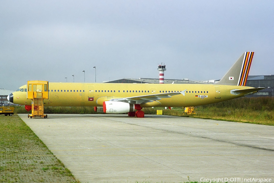 Asiana Airlines Airbus A321-231 (D-AVZH) | Photo 362102