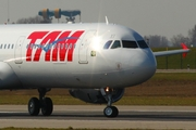 TAM Brazilian Airlines Airbus A321-231 (D-AZAD) at  Hamburg - Finkenwerder, Germany