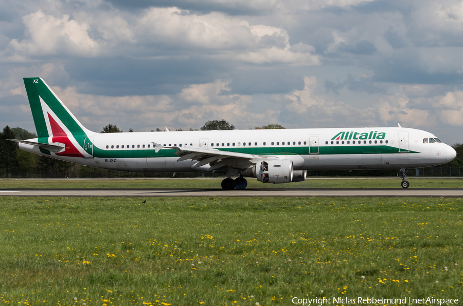 Alitalia Airbus A321-112 (EI-IXZ) | Photo 315890