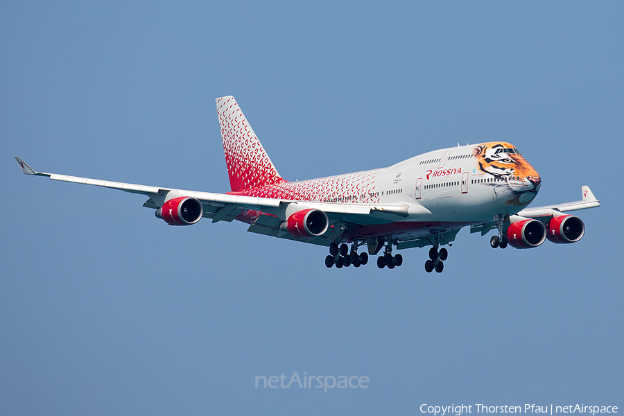 Rossiya - Russian Airlines Boeing 747-446 (EI-XLD) | Photo 131312