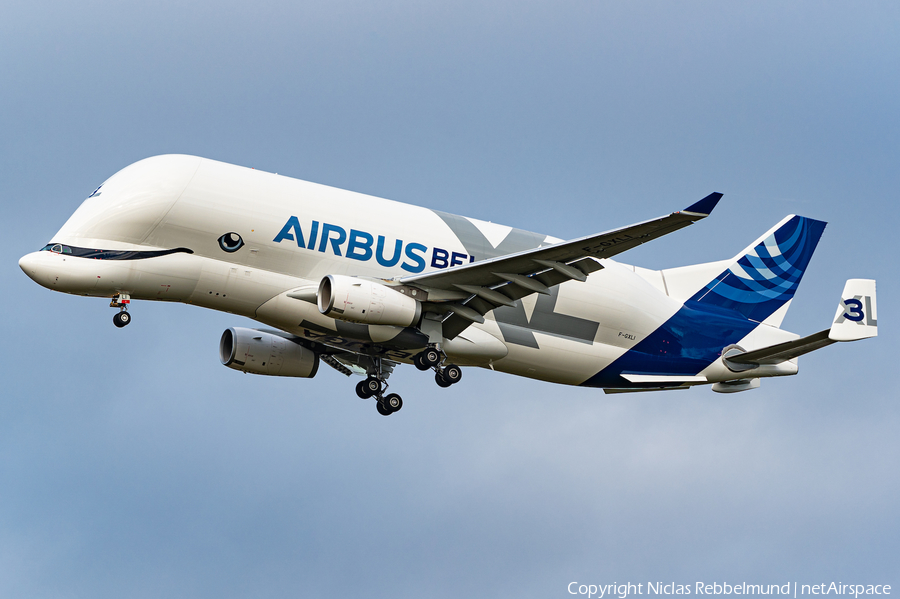 Airbus Transport International Airbus A330-743L Beluga XL (F-GXLI) | Photo 411993
