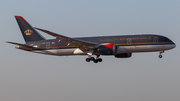 Royal Jordanian Boeing 787-8 Dreamliner (JY-BAF) at  London - Heathrow, United Kingdom
