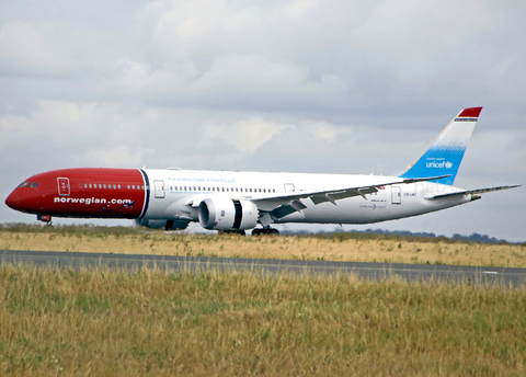 Norwegian Long Haul Boeing 787-9 Dreamliner (LN-LNT) at  Paris - Charles de Gaulle (Roissy), France