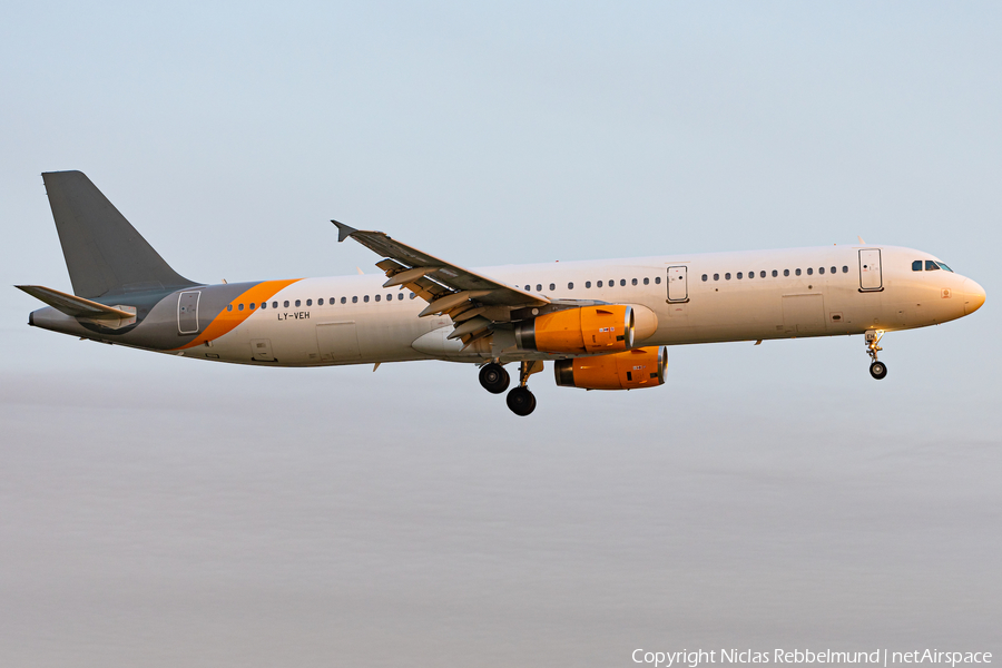 Thomas Cook Airlines (Avion Express) Airbus A321-231 (LY-VEH) | Photo 357578