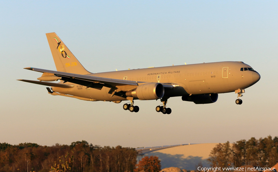 Italian Air Force Boeing KC-767A/767-2EY(ER) (MM62226) | Photo 193453