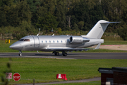 (Private) Bombardier CL-600-2B16 Challenger 604 (N18LS) at  Farnborough, United Kingdom