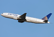 United Airlines Boeing 777-222(ER) (N222UA) at  Dallas/Ft. Worth - International, United States