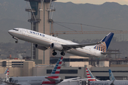 United Airlines Boeing 737-924(ER) (N62883) at  Los Angeles - International, United States