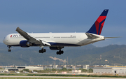 Delta Air Lines Boeing 767-432(ER) (N829MH) at  Barcelona - El Prat, Spain