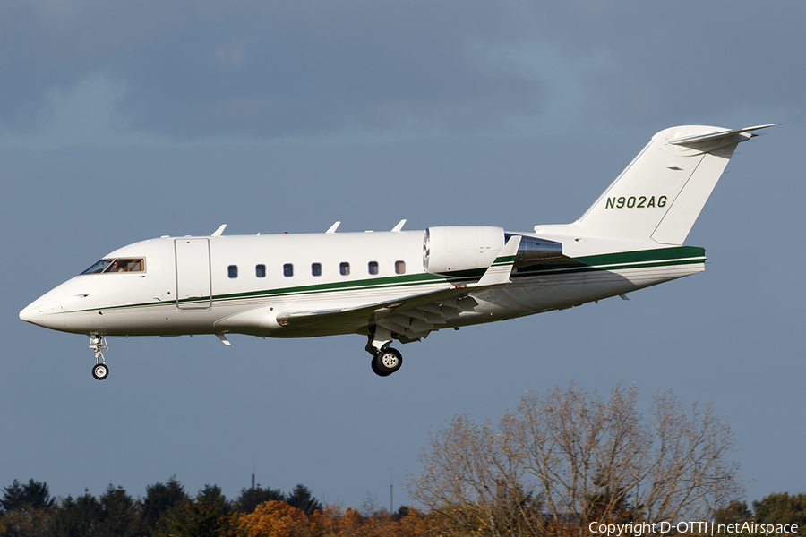 (Private) Bombardier CL-600-2B16 Challenger 604 (N902AG) | Photo 409272