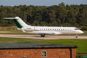 (Private) Bombardier BD-700-1A10 Global 6000 (N950MP) at  Farnborough, United Kingdom
