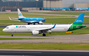 Level Airbus A321-211 (OE-LCN) at  Amsterdam - Schiphol, Netherlands