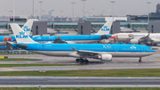 KLM - Royal Dutch Airlines Airbus A330-303 (PH-AKD) at  Amsterdam - Schiphol, Netherlands
