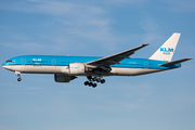KLM - Royal Dutch Airlines Boeing 777-206(ER) (PH-BQL) at  Amsterdam - Schiphol, Netherlands