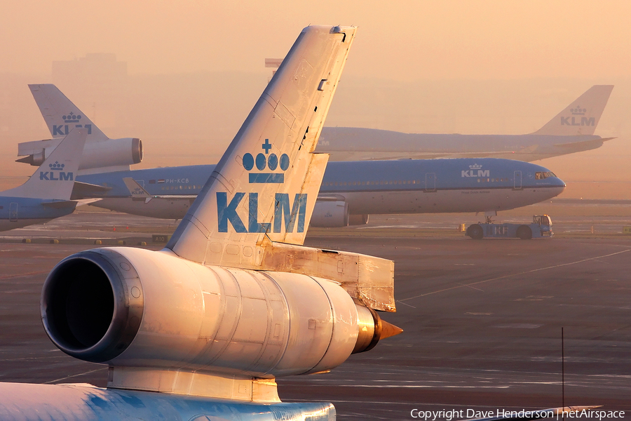 KLM - Royal Dutch Airlines McDonnell Douglas MD-11 (PH-KCF) | Photo 154