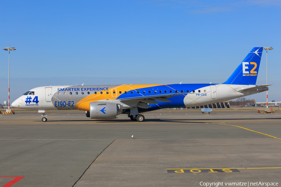 Embraer Embraer ERJ-190 E2 (ERJ-190-300STD) (PR-ZGQ) | Photo 223348
