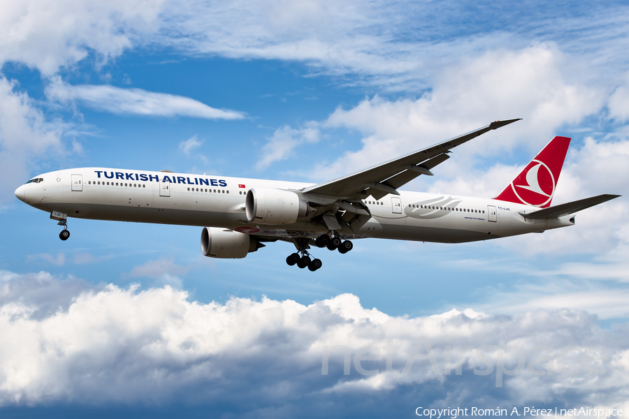Turkish Airlines Boeing 777-3F2(ER) (TC-LJG) | Photo 413882