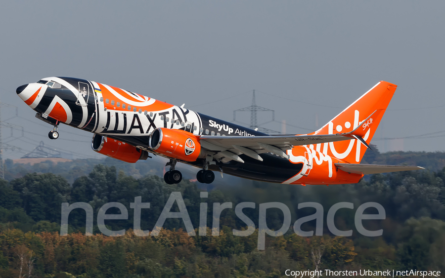 SkyUp Airlines Boeing 737-75C (UR-SQE) | Photo 398318