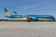 Vietnam Airlines Airbus A350-941 (VN-A893) at  Rostock-Laage, Germany