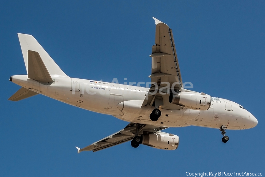 Just Us Air Airbus A319-132 (YR-URS) | Photo 401239