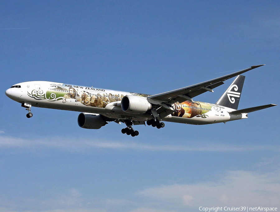 Air New Zealand Boeing 777-319(ER) (ZK-OKP) | Photo 93750
