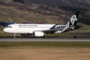 Air New Zealand Airbus A320-232 (ZK-OXJ) at  Queenstown, New Zealand